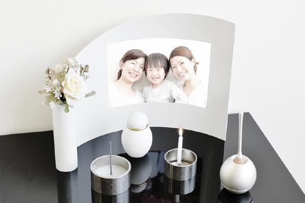 モダンなミニ仏壇セット_アリーナ・ピュアホワイト(セットプラン1)