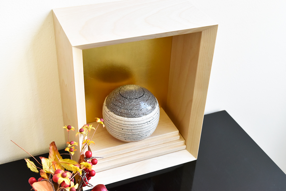 ミニ仏壇|花といのり 厨子(金泊)