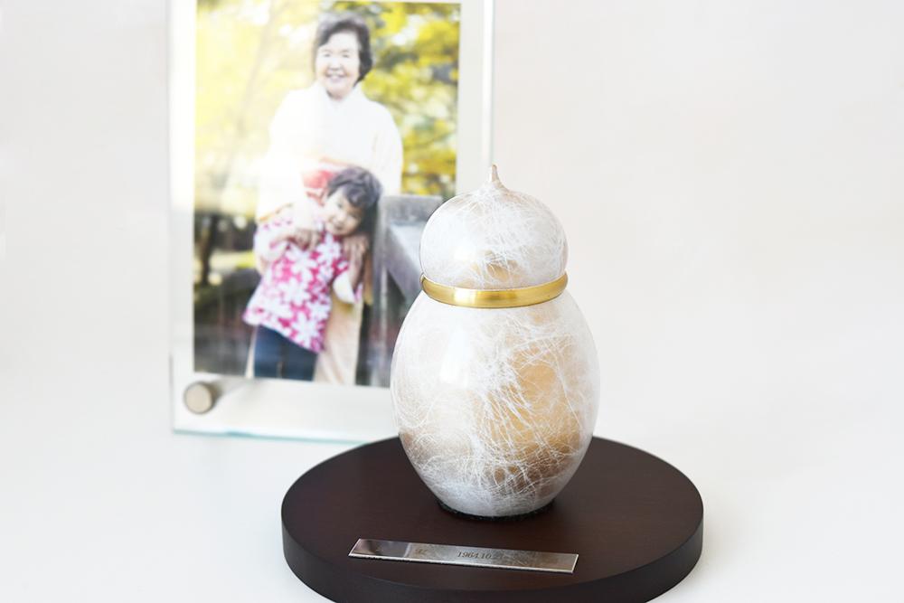 ミニ骨壷|宝珠シリーズ|淡雪(真鍮製)