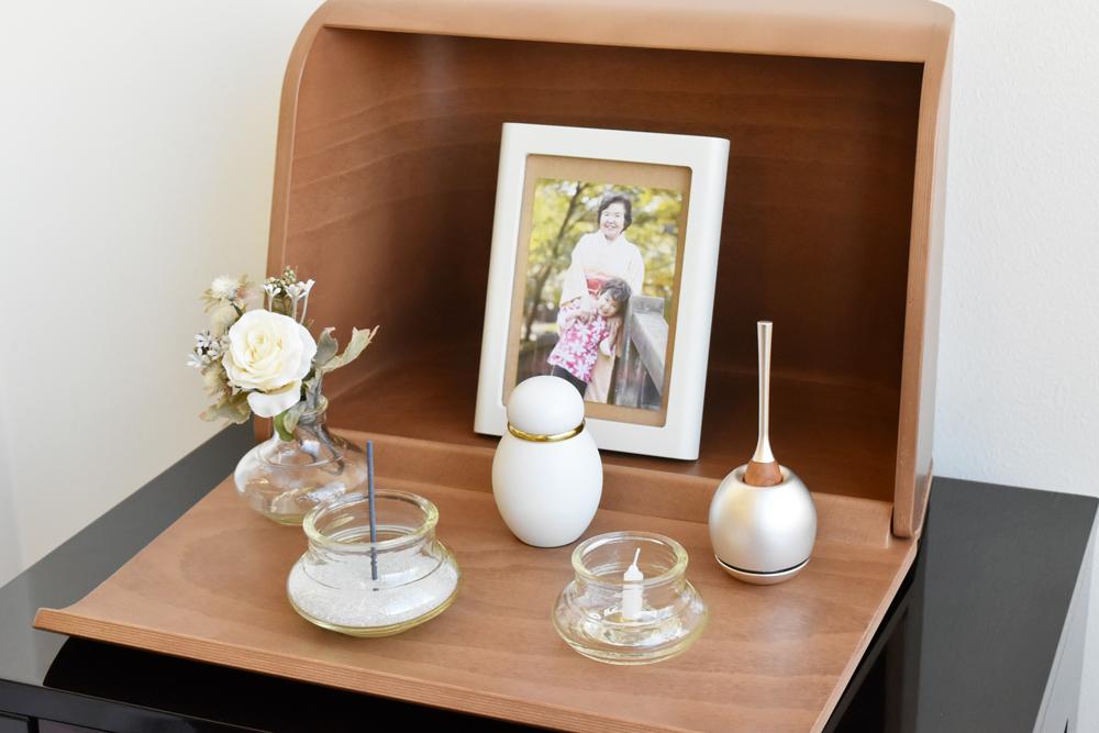 ミニ仏壇セット やさしい時間・祈りの手箱(手元供養おりん cherinチェリンセット)