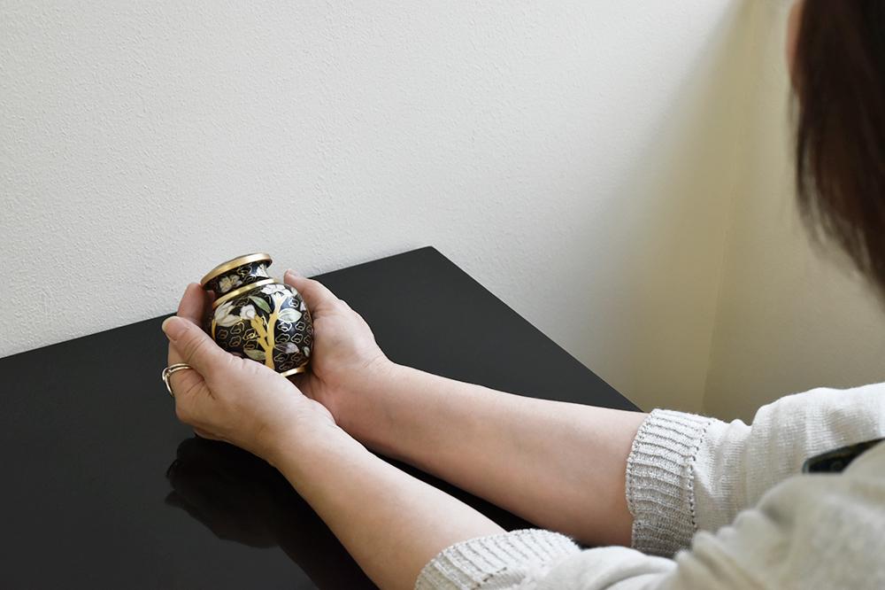 ミニ骨壷|七宝・メヌエット(七宝焼き)